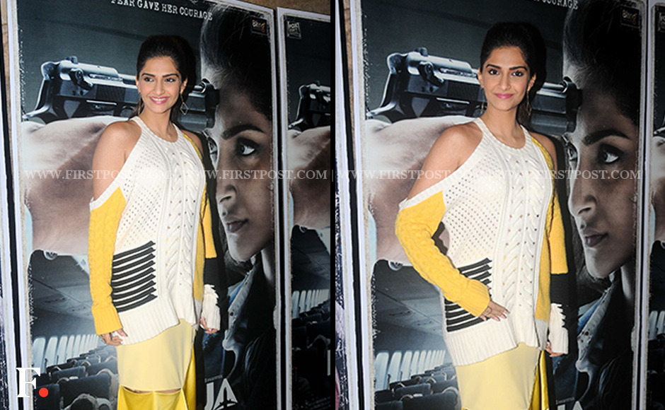 Sonam Kapoor spotted at the launch of 'Aankhen Milayeinge Darr Se' from Neerja. Firstpost/Sachin Gokhale