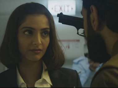 Neerja-trailer-YouTube-380