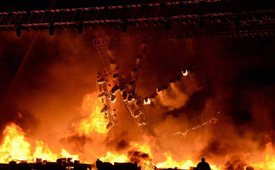 A massive fire broke out on stage during a cultural event 'Maharashtra Night' at the Make In India week in Mumbai on Sunday. PTI