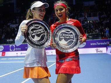 'Santina' with their St Petersburg trophy. Image Credit: Twitter @MirzaSania