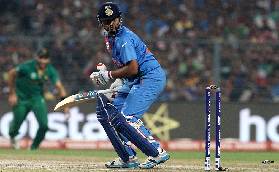 Suresh Raina failed once again as he edged one onto the stumps off Mohammad Sami who had removed Dhawan off the previous delivery. India were reeling at 23/3 as Raina departed. Solaris