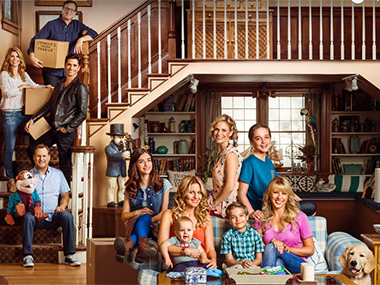 The cast of Fuller House. Image from IBN