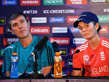 Charlotte Edwards, Captain of England and Mark Robinson, Head Coach of England. GettyImages