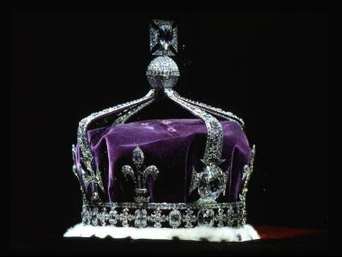 he Crown Of Queen Elizabeth The Queen Mother. Made Of Platinum And Containing The Famous Kohinoor Diamond. Getty Images