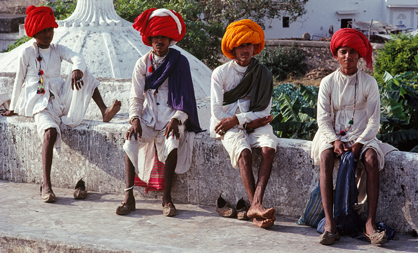 Basking in the sun, 1988. Image by Sudhir Kasliwal