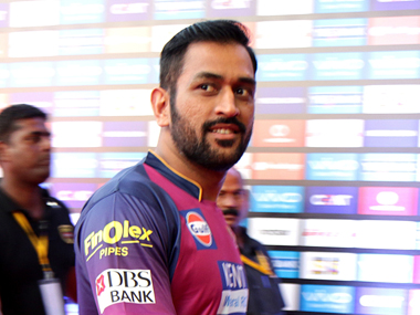 MS Dhoni captain of Rising Pune Supegiants. Sportzpics