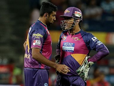 MS Dhoni (right) will look to salvage whatever is left of the struggling Pune's campaign in their remaining games, including the one against SRH on Tuesday. Sportzpics/IPL