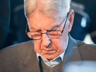 Former SS sergeant Reinhold Hanning sits in the courtroom in Detmold, Germany. AP