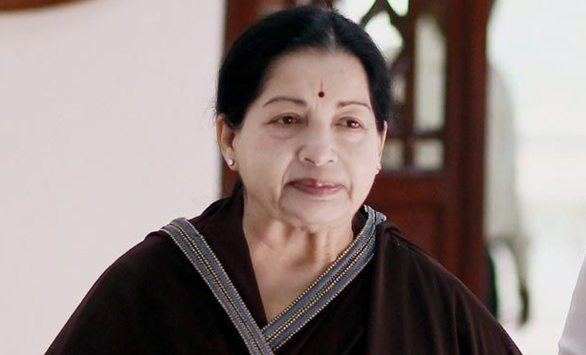 Jayalalithaa called the DMK-Congress alliance the 'coalition of loot'.