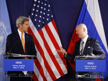 US Secretary of State John Kerry (L) and UN Special envoy for Syria Staffan de Mistura. AFP