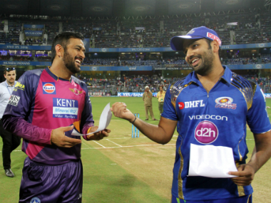 MS Dhoni (left) and Rohit Sharma, captain of RPS and MI respectively. Sportzpics/IPL