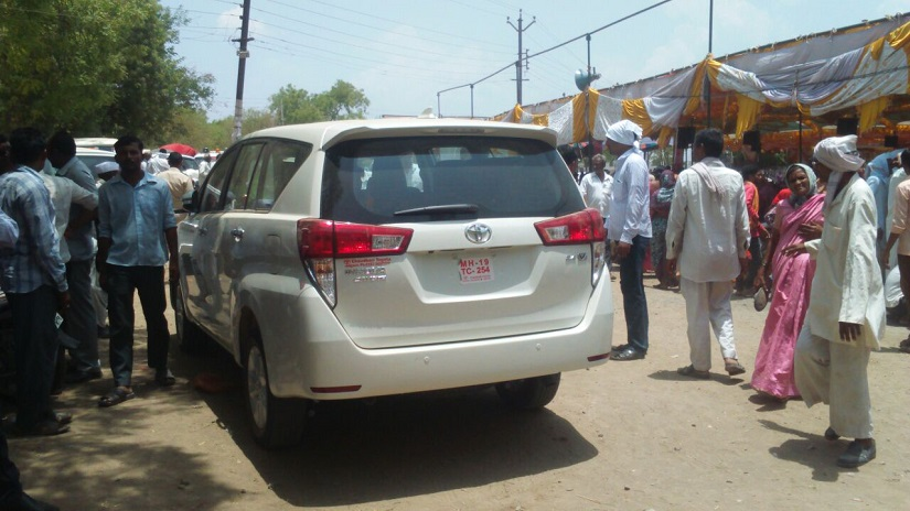Khadse's private vehicle. Image procured by Sanjay Sawant