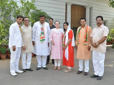 New Delhi: Congress President Sonia Gandhi meeting with the party's winning candidates of MCD bypolls in New Delhi on Wednesday. DPCC President Ajay Maken is also seen. PTI