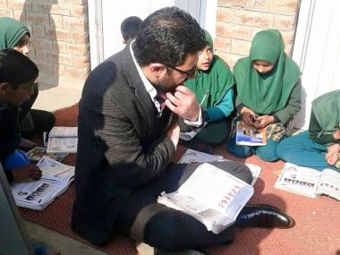 Dr Syed Abid Rasheed guides students and is planning to open an institute for civil service aspirants in Anantnag. Picture courtesy: Facaebook