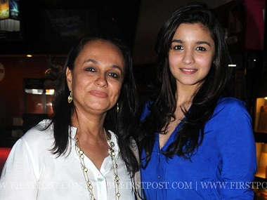 Meet with :    Soni Razdan, Filmmaker Mahesh Bhatt, wife and and her daughter, Bollywood actress Alia Bhatt