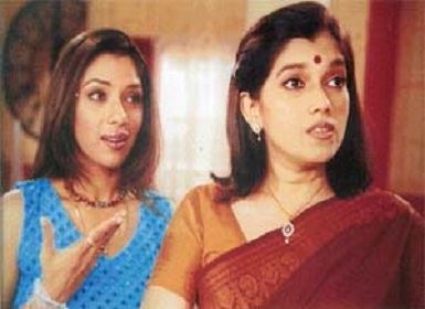Monisha and Maya Sarabhai. Image Courtesy: Twitter