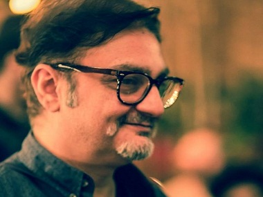 Theatre as a medium is alive and kicking :    Vinay Pathak, Actor