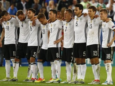Germany paid a high price for its victory against Italy - Mats Hummels and Mario Gomez are two key players who will miss the semis. Reuters