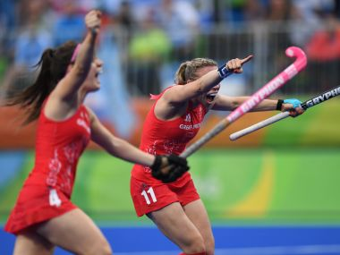 Kate Richardson-Walsh vies for the ball during her hockey match at the Rio Olympics. AFP