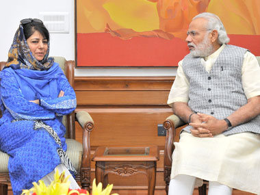 Jammu and Kashmir Chief Minister Mehbooba Mufti in a meeting with Prime Minister Narendra Modi, in New Delhi. Image courtesy PIB