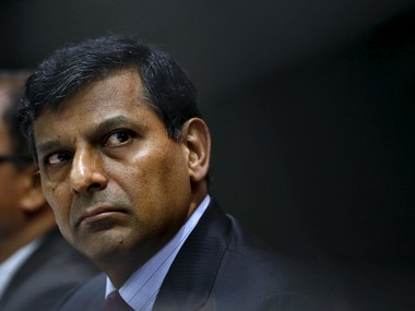 Reserve Bank of India (RBI) Governor Raghuram Rajan attends a news conference after their bimonthly monetary policy review in Mumbai, India, April 5, 2016. REUTERS/Danish Siddiqui - RTSDM1V