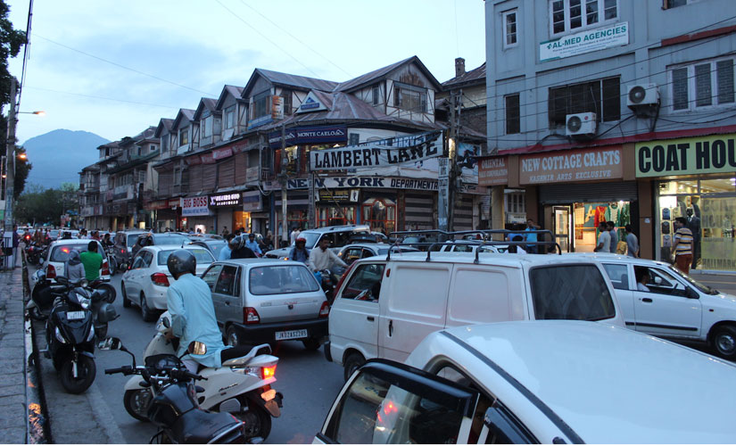 Traffic jam in Srinagar after the Huriyat calendar gives people some respite from protests. Sameer Yasir/Firstpost