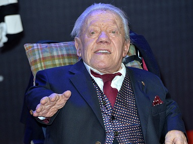"LONDON, ENGLAND - DECEMBER 16: Kenny Baker attends the European Premiere of ""Star Wars: The Force Awakens"" at Leicester Square on December 16, 2015 in London, England. (Photo by Anthony Harvey/Getty Images)"
