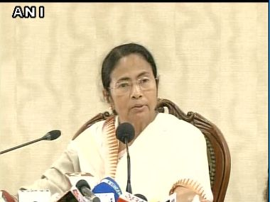 West Bengal Chief Minister Mamata Banerjee addresses a press conference after SC scrapped Singur land deal. Image courtesy: @ANI_news