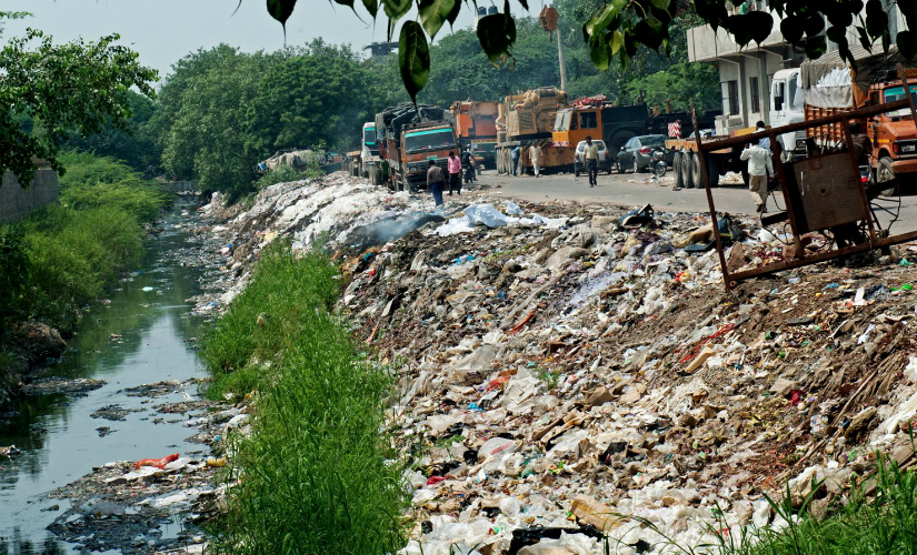 The garbage dump at Okhla, a suburban colony in south Delhi which is also known for its industrial estate. (Photos: Debobrat Ghose and Naresh Sharma)