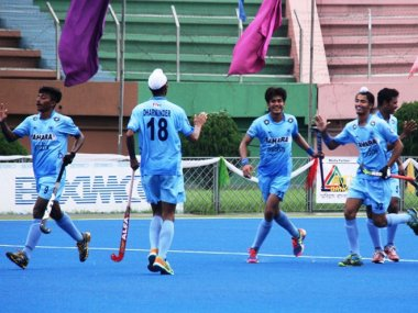 India celebrate defeating Pakistan in the U-18 Asia Cup. Image courtesy: Twitter.@TheIndianHockey