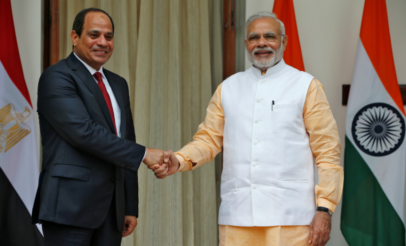 Egyptian President Abdel Fattah al-Sisi (L) meets Prime Minister Narendra Modi in New Delhi on 2 September. Reuters