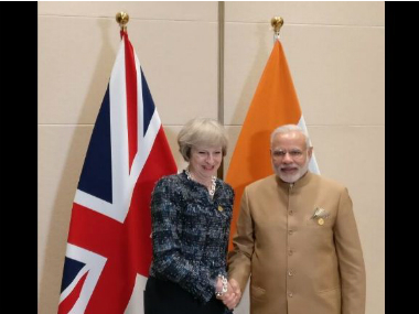 Prime Minister Narendra Modi meets British PM Theresa May at G20 Summit. Twitter @MEASwarup