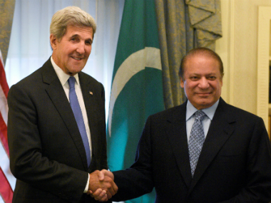 Pakistan PM Nawaz Sharif with US Secretary of State John Kerry. AP