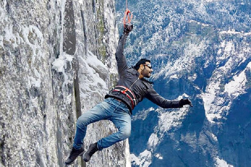 12-Ajay-Devgn-Shivaay
