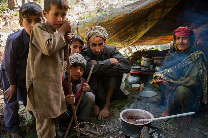 Gujjar family in Chatpal, Kashmir, India. Photo © Chetan Karkhanis