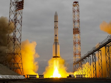 The Proton-M rocket, carrying the ExoMars 2016 spacecraft to Mars, blasts off from the launchpad at the Baikonur cosmodrome, Kazakhstan on 14 March 2016. Reuters