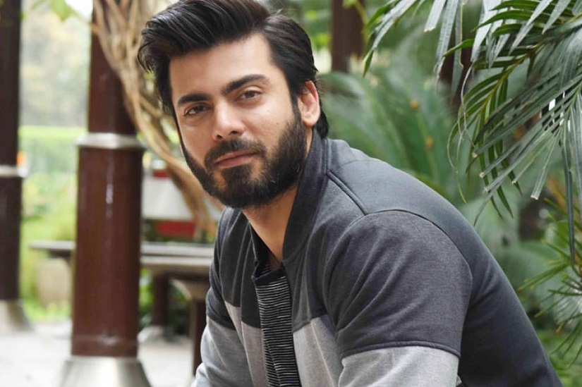 Just so we're clear: No, Fawad Khan did not say 'Bollywood kisike bap ka hai' or that Indians were 'small hearted'. Image from news 18