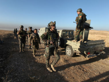Iraqi army advances to attack Islamic State militants. Reuters