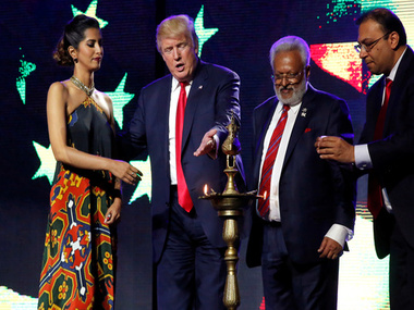 Trump's 'Hindu' moment in New Jersey as his campaign melts down/ Reuters
