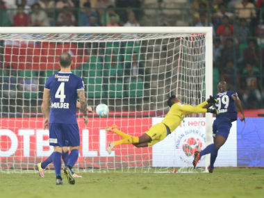 Dudu Omagbemi scores the second goal for Chennaiyin FC against Northeast United. ISL