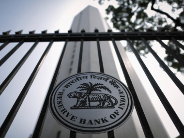 Note ban: RBI's adequate cash supply claim and situation in banks different, says banking associations