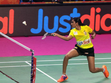 PV Sindhu in action against Awadhe Warriors in PBL 2017. Image courtesy: Twitter/@PBLIndiaLive