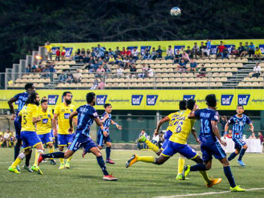 Mumbai FC and Minerva FC players in action during their I-League encounter. Image courtesy: I-League via Twitter