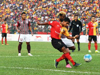 I-League action between East Bengal and Mohun Bagan on Sunday. Image courtesy: Twitter/@ILeagueOfficial