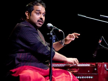 Shankar Mahadevan on stage. Photo courtesy: Facebook