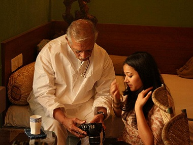 Shweta Basu Prasad interviews Gulzar for her documentary on Indian classical music, 'Roots'