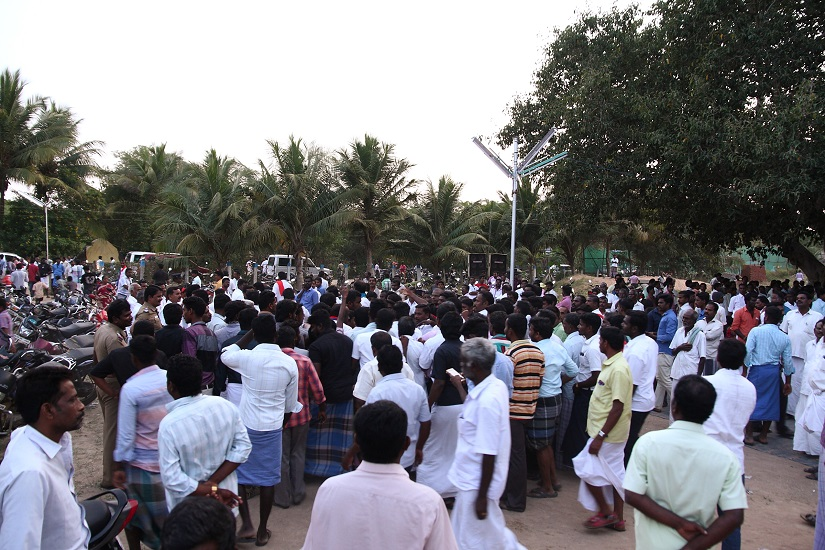 and supporters from other villages kept gathering at Neduvasal even at dusk,