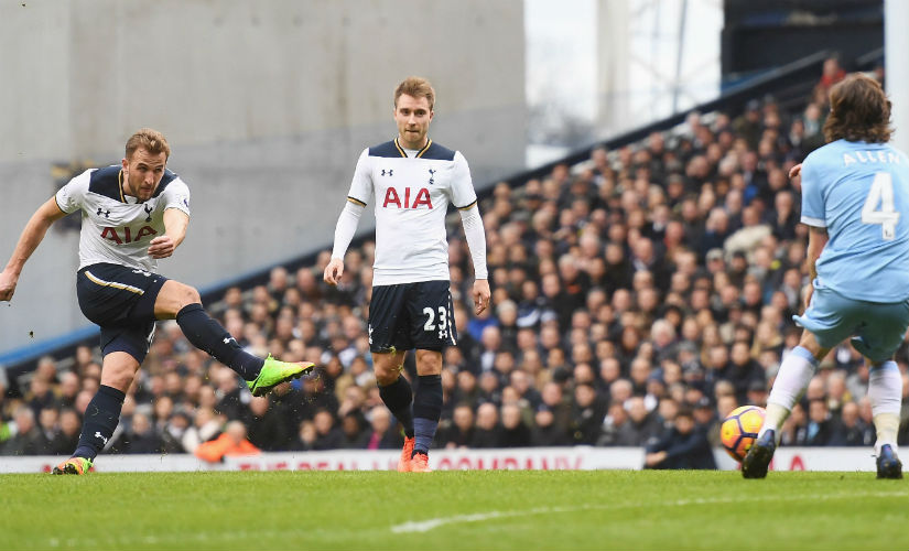 Shearer sees a bit of himself in Tottenham Hotspur's Harry Kane (L). Getty Images
