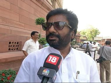 Shiv Sena MP Ravindra Gaikwad. Image courtesy CNN-News18