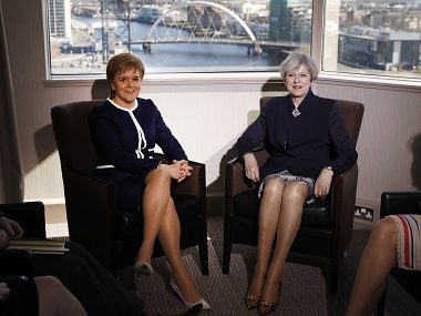 Britain's Prime Minister Theresa May and Scotland's First Minister Nicola Sturgeon meet over Brexit in a hotel in Glasgow, Scotland, March 27, 2017. REUTERS/Russell Cheyne - RTX32X5I